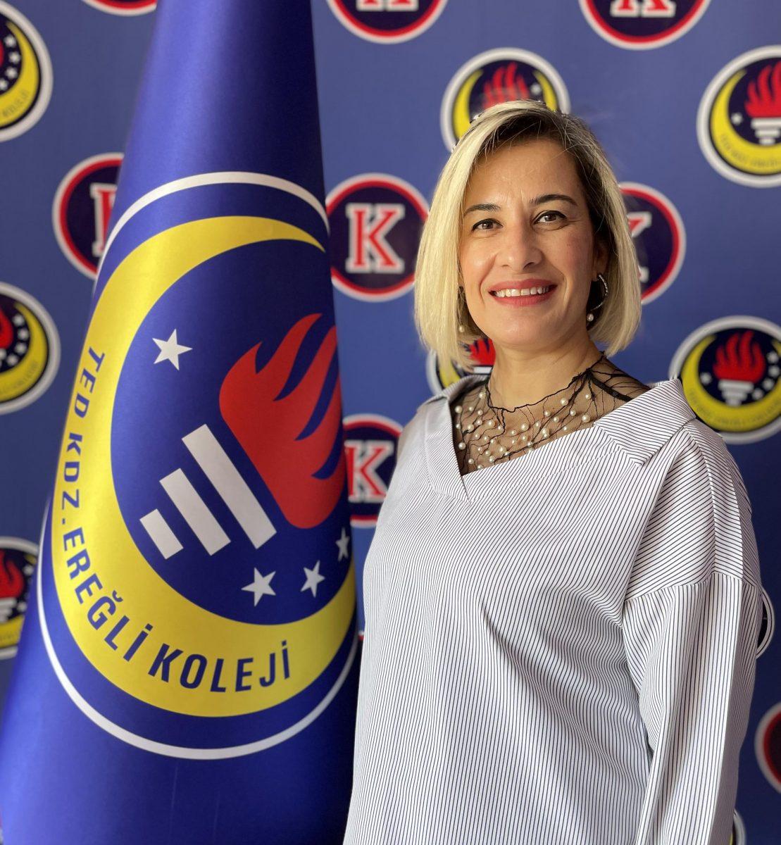 İlknur DİKMEN_